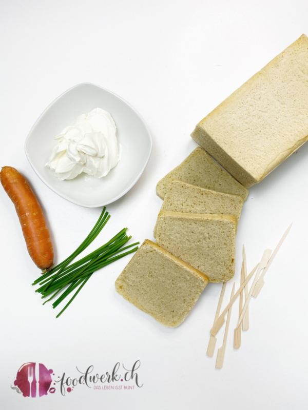 Aperoideen mit Toastbrot und Frischkäse