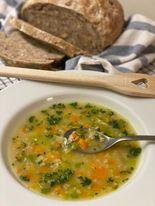 Gemüsesuppe mit Haferflocken
