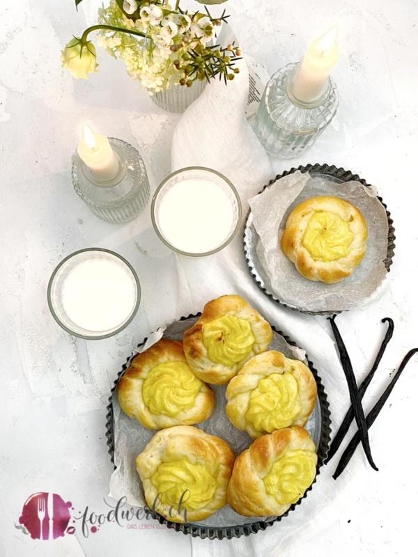 Vanille Nestchen von oben mit Vanilleschote