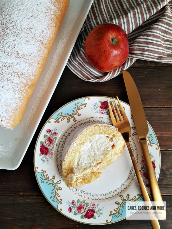 Biskuit Roulade mit Apfel - Cake Cookies and more
