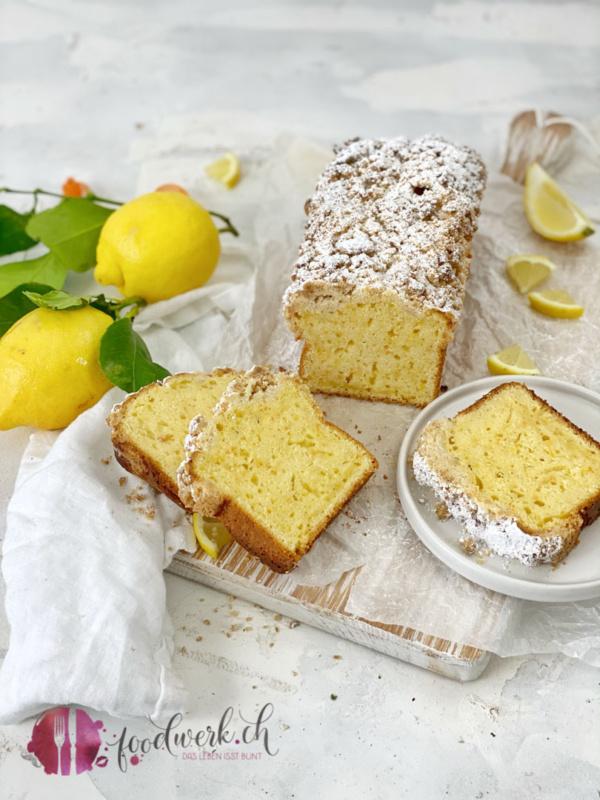 Feuchter Dinkel Streusel Cake mit karotten und Zitrone