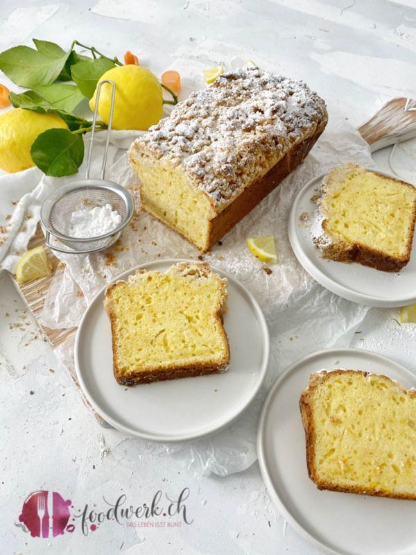 Leckerer Dinkel Streusel Cake mit Rüebli und Zitrone