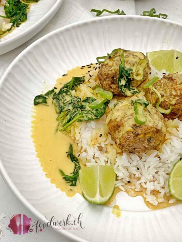 hackbaellchen mit. truten und curry