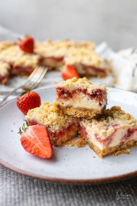 erdbeer rhabarber streusel cheesecake princess