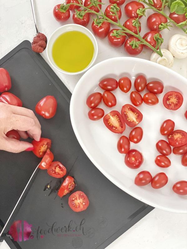 Cherry Tomaten schneiden