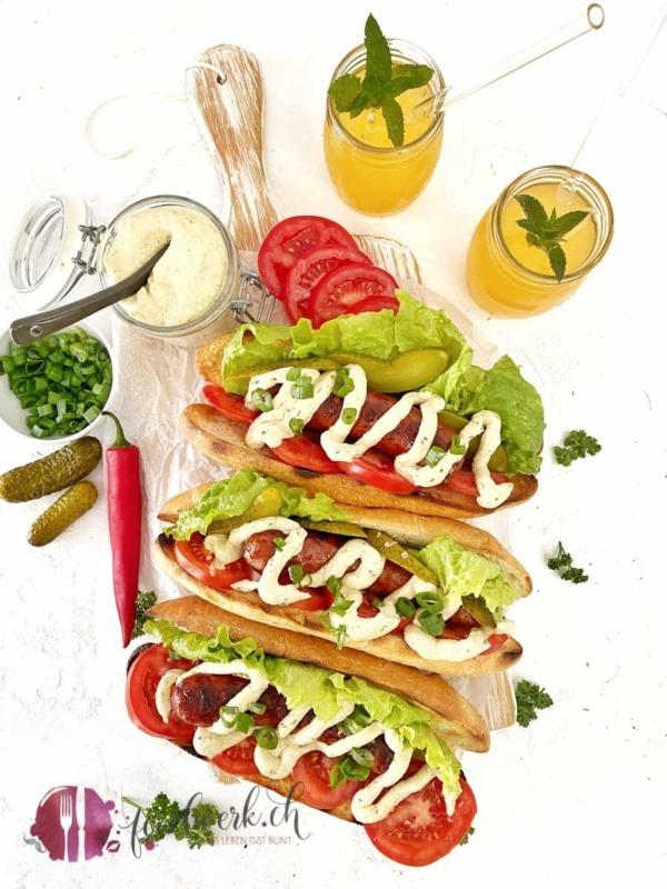 Grill Hot Dog, Saucisse d'Ajoie und die beste Hot Dog Sauce
