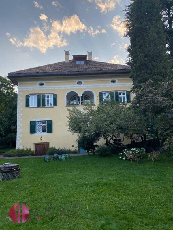Villa Arnica vom Garten