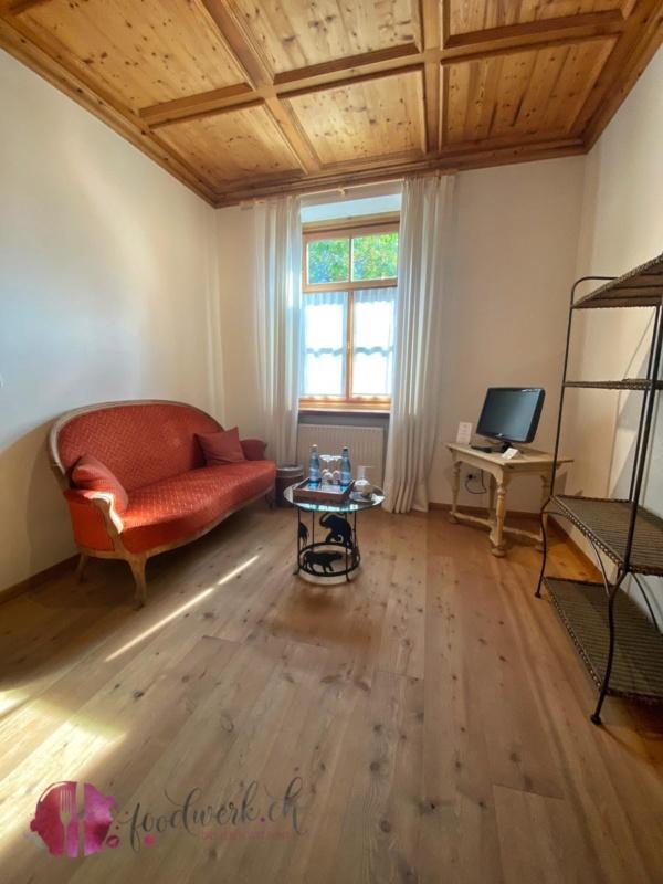 Vorzimmer im Schlosswirt Forst