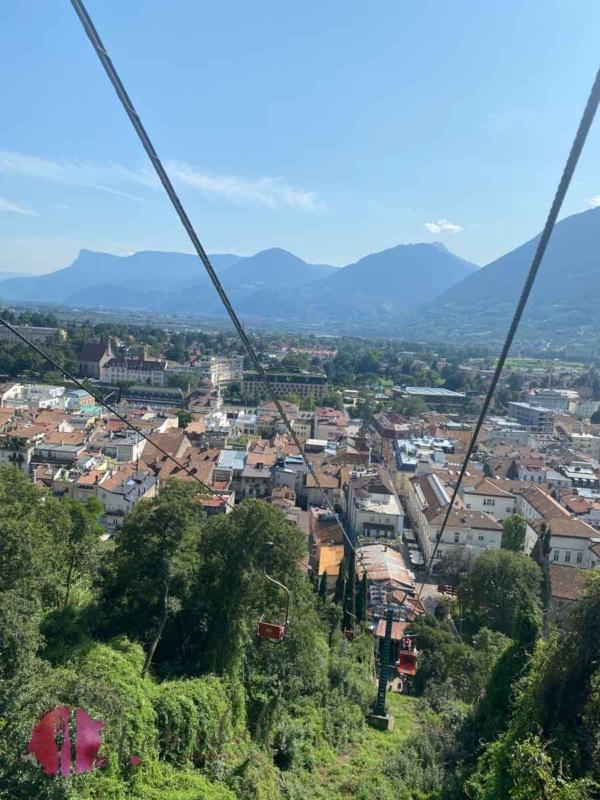 Sicht von Tirol auf Meran