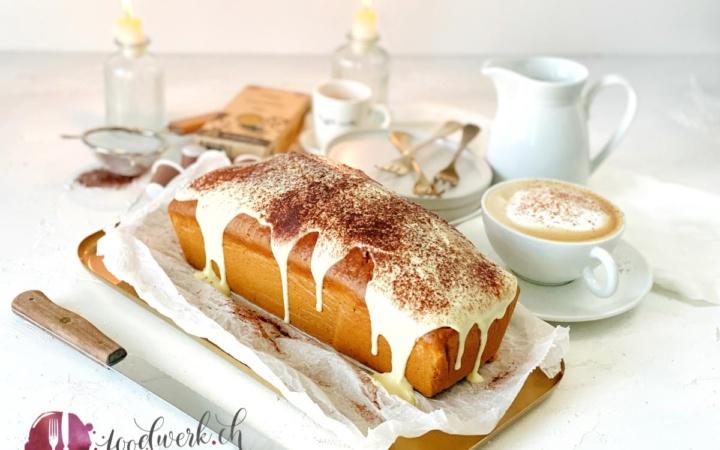 Cappuccino Cake mit frischem Kaffee