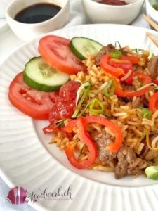 Chop Suey mit Rindfleisch und Gemüse