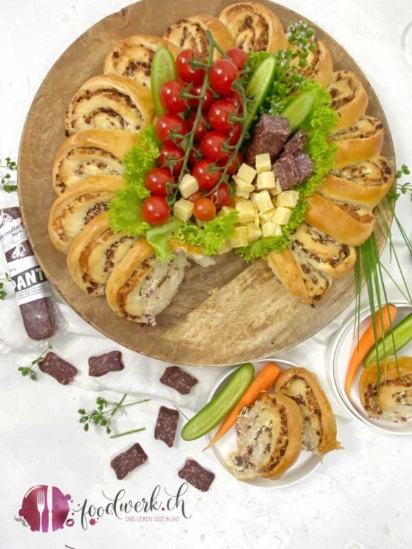 Hefekranz mit Appenzeller Pantli IGP und Frischkäse
