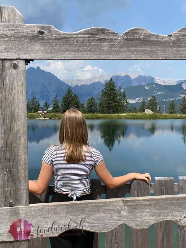 Fotorahmen und Kaltwassersee mit Liv
