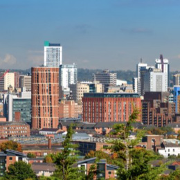 Virtual reality healthtech firm Mindwaves Ventures is expanding its services by opening an office in Leeds.