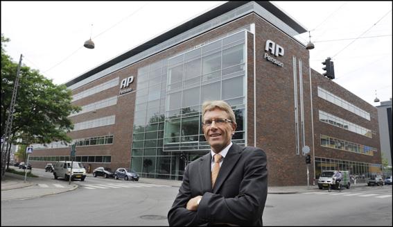 Karsten Laursen foran AP Pension efter rådgivning om ny bank
