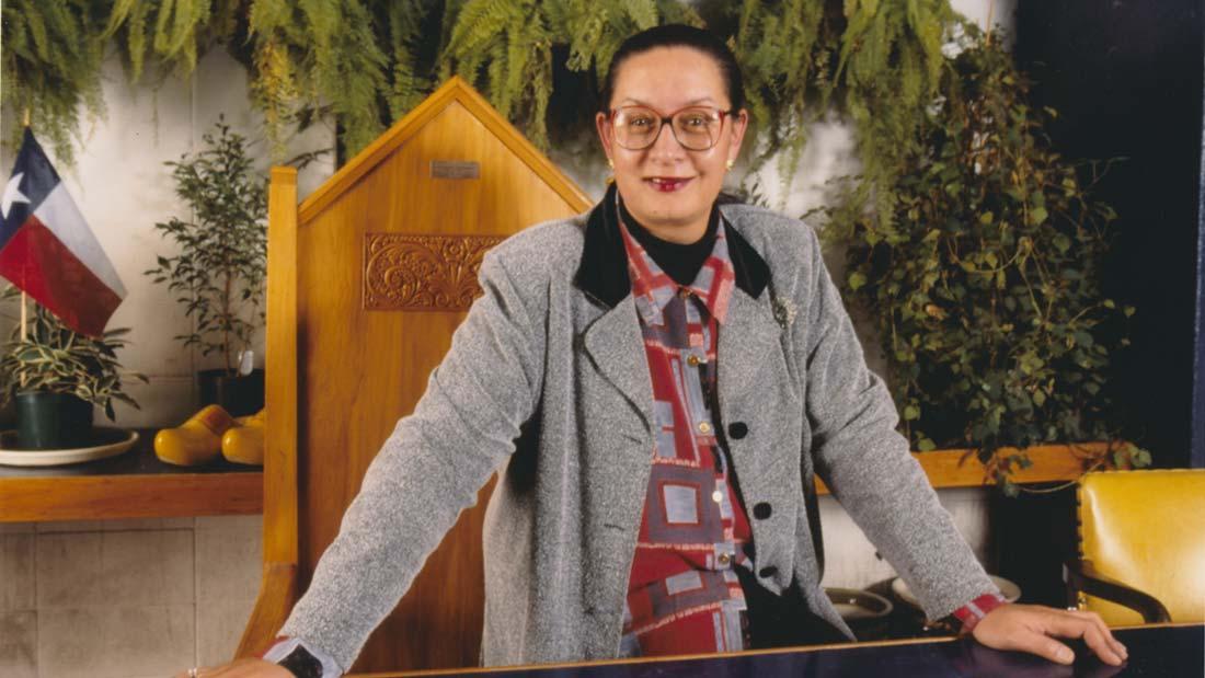Georgina Beyer, at Mayoral desk, featured in Georgie Girl