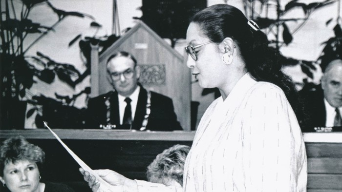 Georgina Beyer, reading oath, featured in Georgie Girl