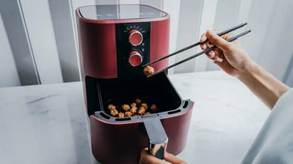 What Is The Best Way To Clean An Air Fryer?