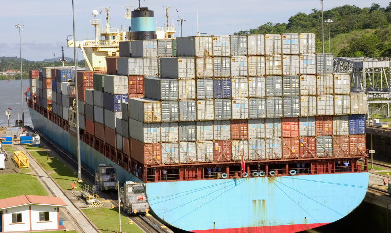 Panama Canal scheduled lane outage