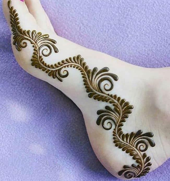 mehndi design for feet