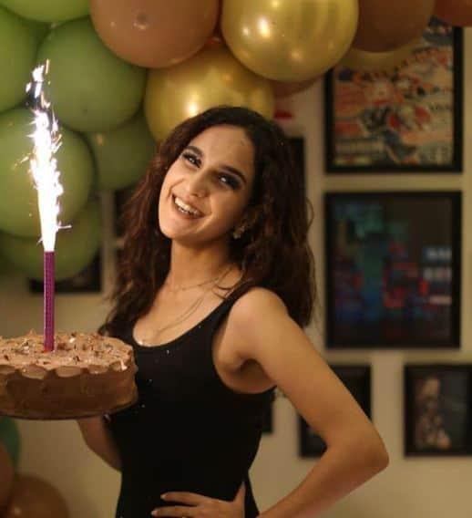 Anoushay Abbasi Birthday Pics