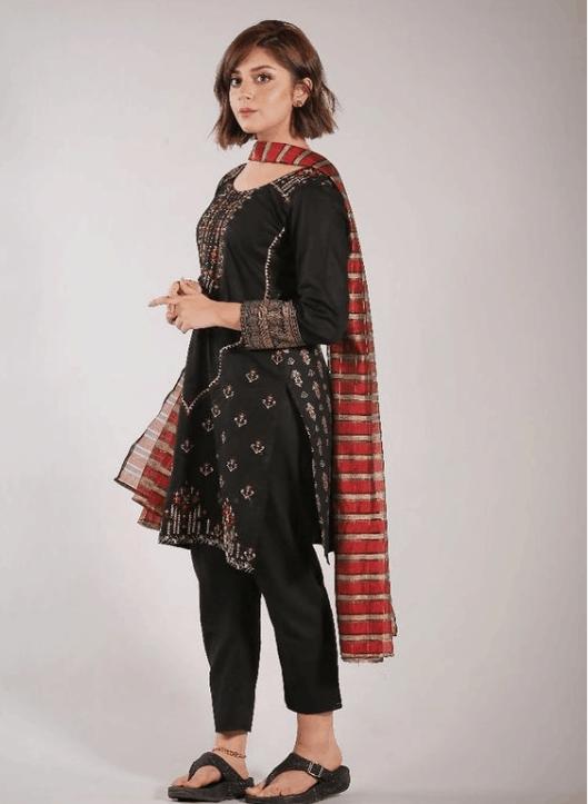Alizeh Shah Dresses in Chupke Chupke