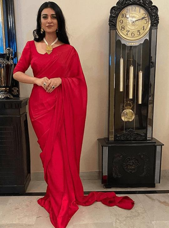 Raqs e Bismil Sarah Khan Dresses