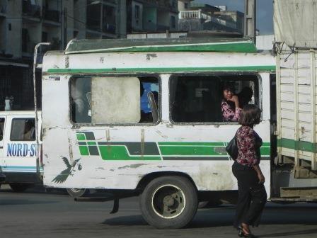 Bus, Abidjan