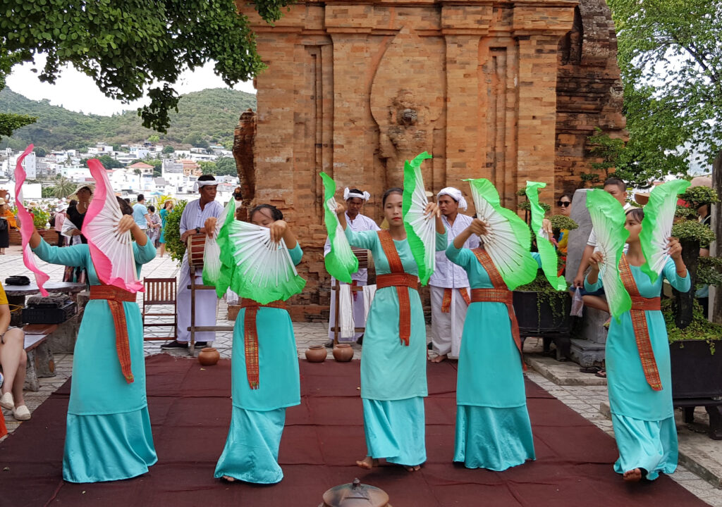 Po Nagar Dancers
