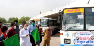 Energy Public Health Engineering Minister Dr. BD Kalla flagged off three free Moksha Kalash special buses from the main stand of Rajasthan State Road Transport Corporation.