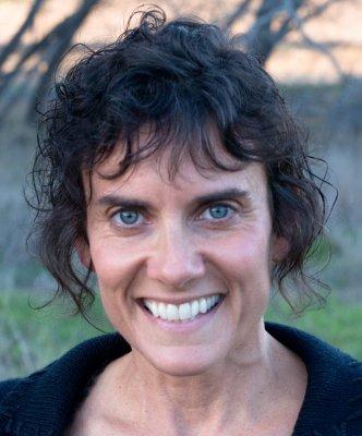 Linda Elder