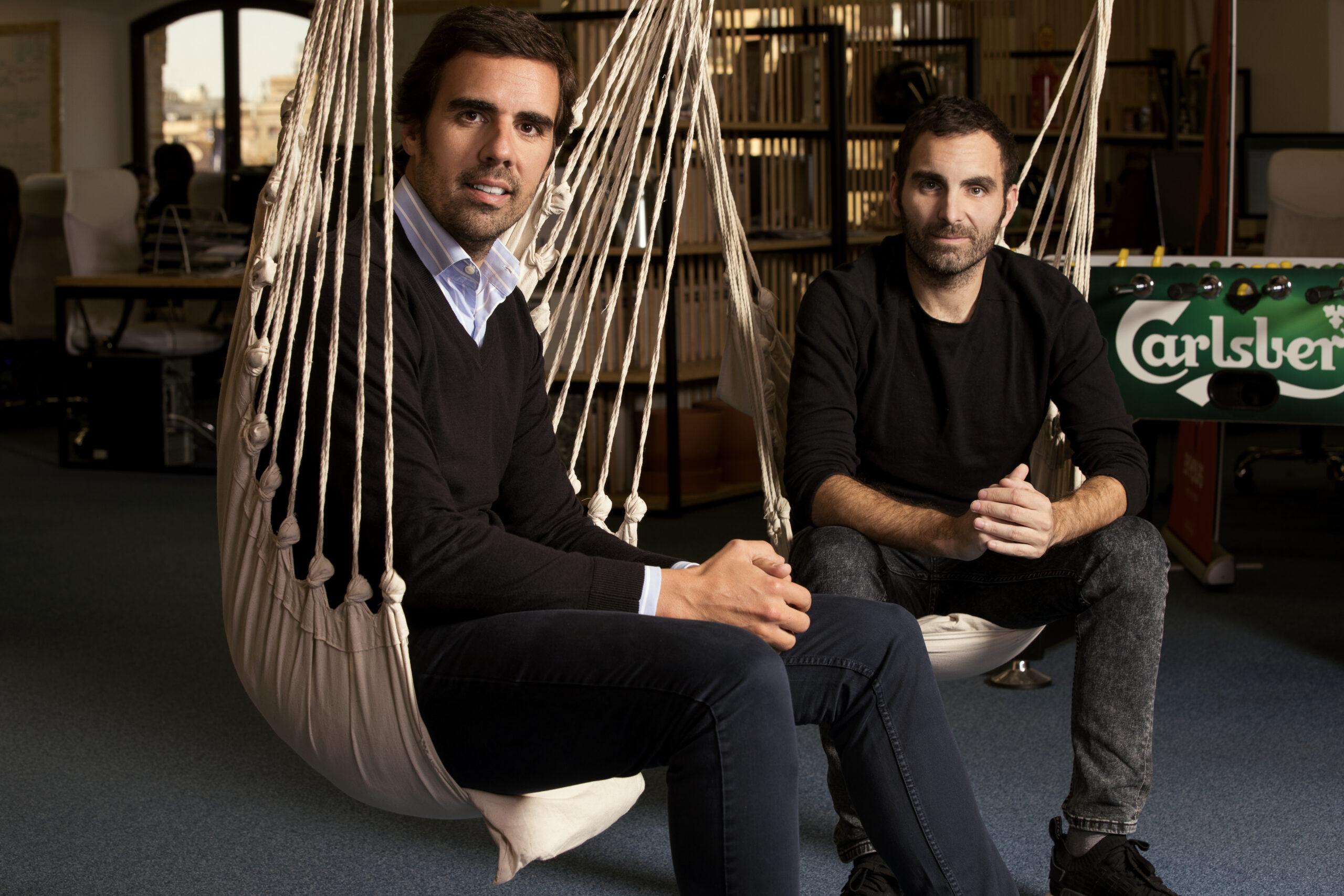 BYHOURS-CEOS
