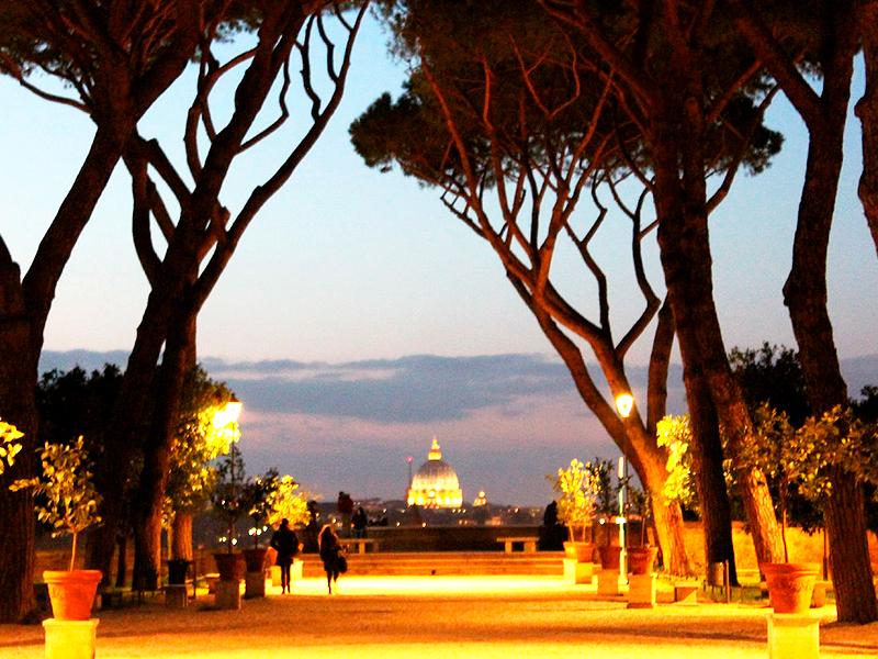 vistas nocturas de Roma
