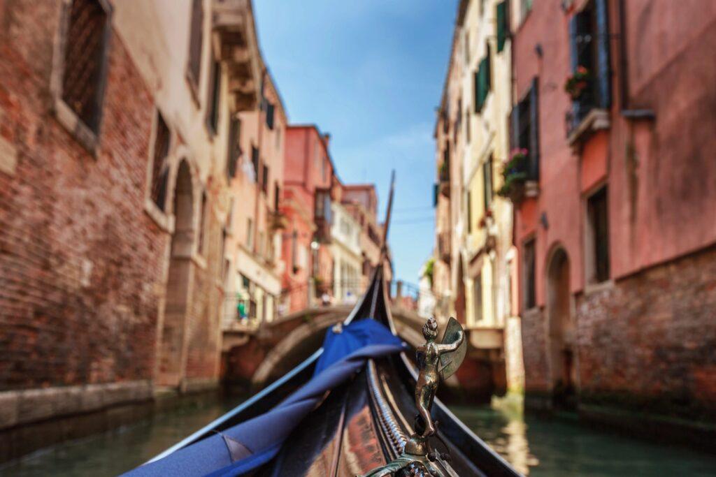 microestancias por el mundo como en las calles de venecia