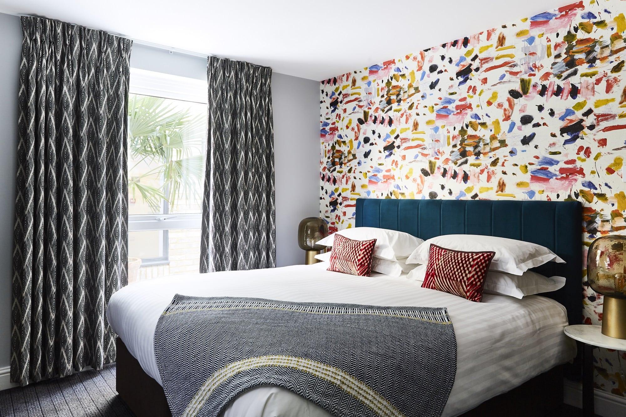 lodge_hotel