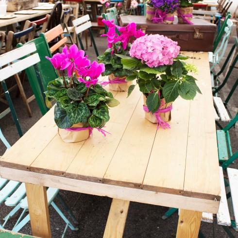 vintage_floral_furniture_prop_hire