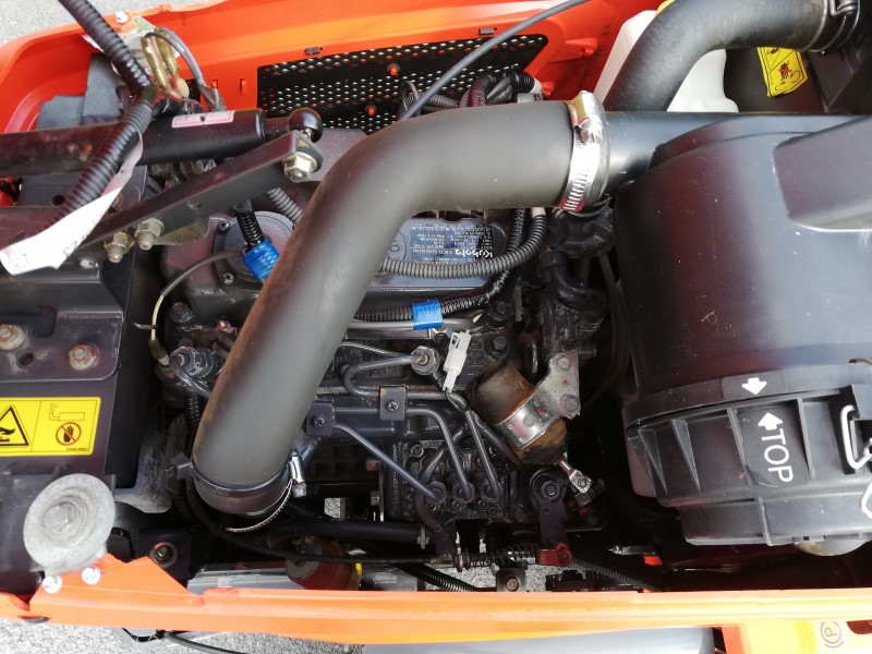 Kubota G23 with a 3 cylinder diesel engine