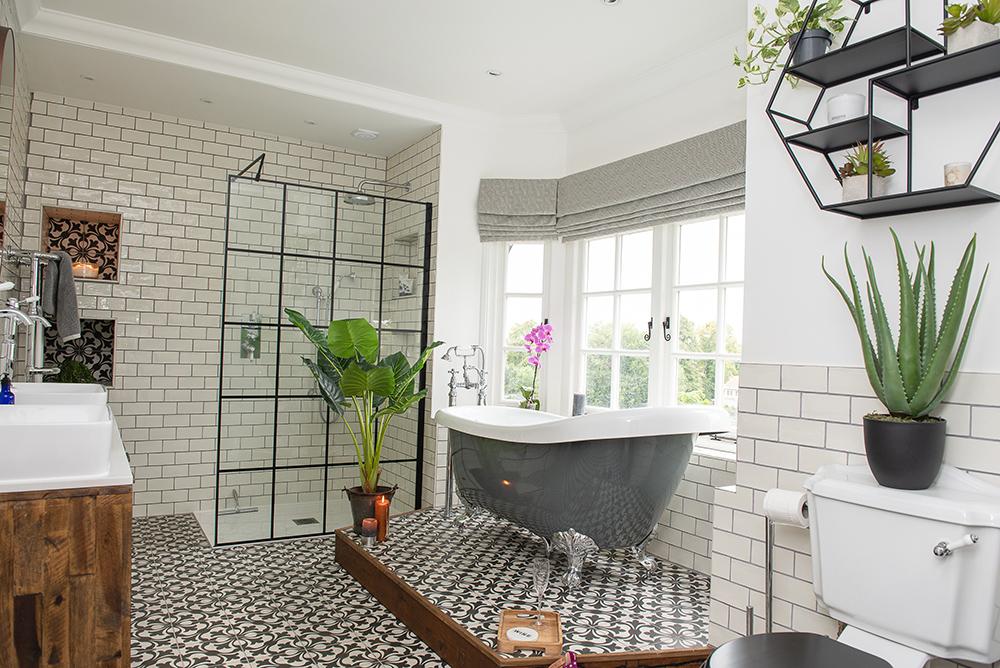 Home remodelling bathroom