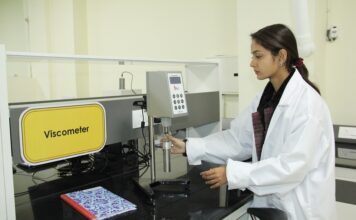 LPU student doing research work in a lab