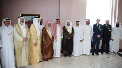 Photo of وصول الشيخ الدكتور على بن عبدالرحمن الحذيفي شخصية العام الإسلامية إلى دبي