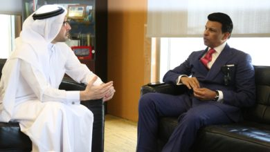 Photo of دبي العطاء تكرم صني فاركي أحد رموز الأعمال الإنسانية