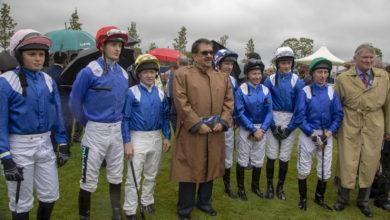 Photo of حمدان بن راشد يشهد سباق دبي الدولي للخيول العربية في نيوبري