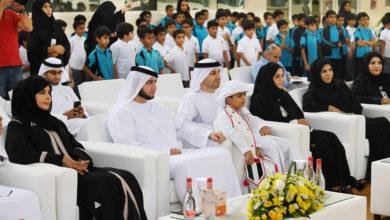 Photo of راشد بن حمدان بن راشد يزور مدرسة المزهر للتعليم الاساسى للبنين