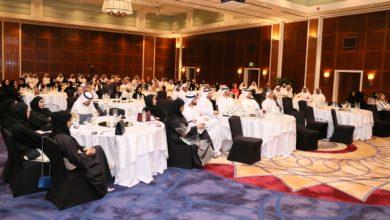 Photo of دائرة الموارد البشرية لحكومة دبي تعرف عدداً من دوائر حكومة دبي بقانون الموارد البشرية الجديد ومزاياه، وتجيب على الاستفسارات والاسئلة القانونية حوله