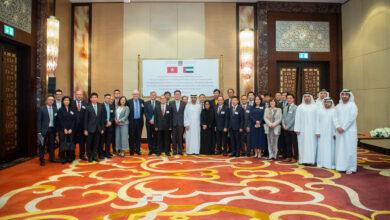 Photo of وزارة المالية توقع بشكل نهائي اتفاقية للتشجيع والحماية المتبادلة للاستثمارات بين دولة الامارات العربية المتحدة وهونغ كونغ