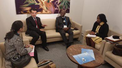 Photo of المدير العام للإيسيسكو يلتقى وزير التعليم الغابوني في باريس