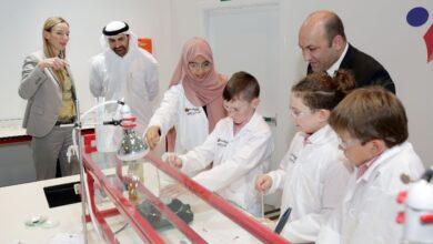 """Photo of تدشين مختبر علوم فورشرفيلت """"المستكشف الصغير"""" في مدينة الطفل دبي"""