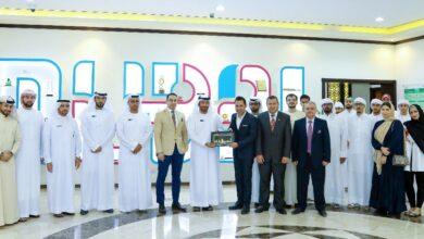 Photo of كلية القانون في الجامعة الأمريكية في الإمارات تنظم زيارة ميدانية إلى دائرة الأراضي والأملاك في دبي