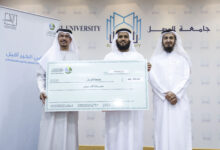 "Photo of Half a million dirhams from ""Dar Al Ber"" for insolvent students from Al Wasl University"
