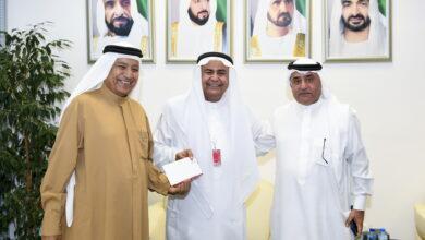 Photo of حمدان بن راشد يقدم دعما ماليا لجامعة الامارات